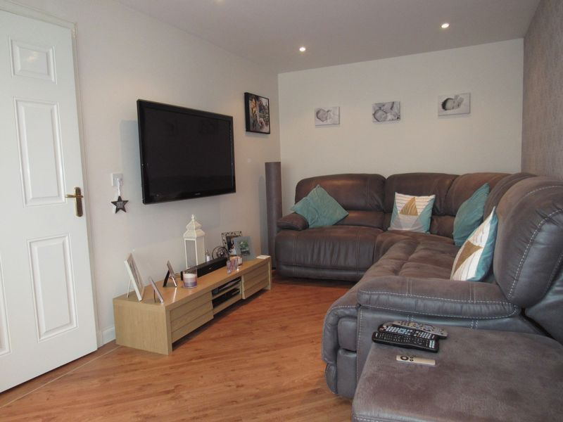 Woodlands Way Westhill