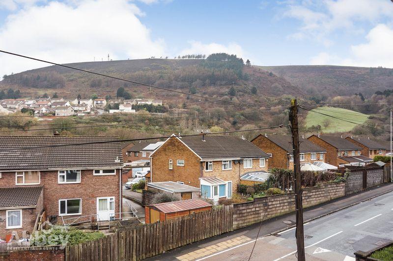 Dyffryn Road