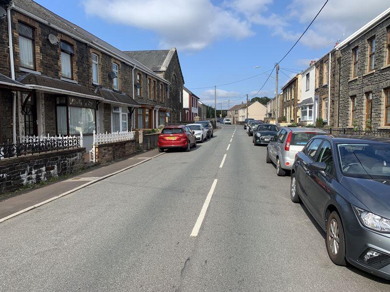 Neath Road Resolven