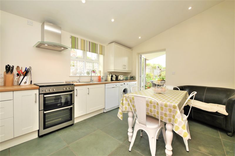 KITCHEN OPEN PLAN