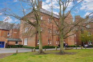 Ipsden Court