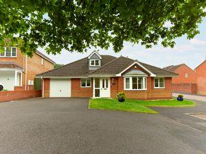 12 Roberts Drive Heath Hill