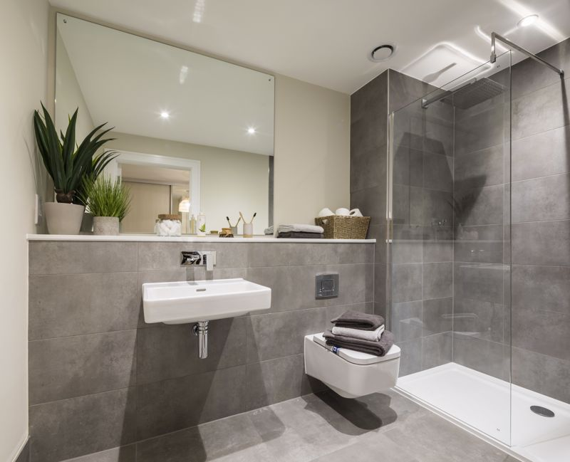 Interior en-suite shower