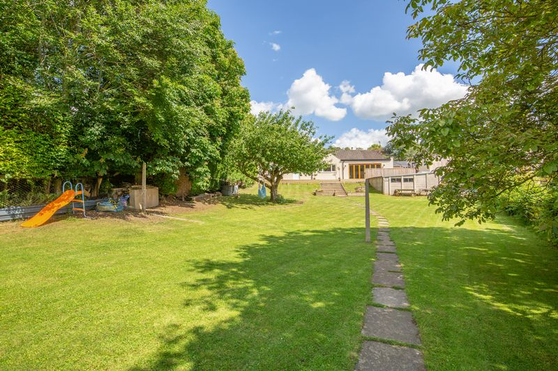 Mill Lane Pitcombe