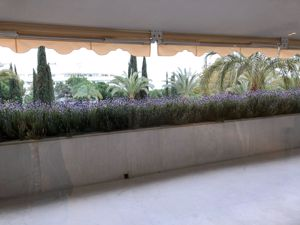 C/Arturo Rubinstein Centro / Playa