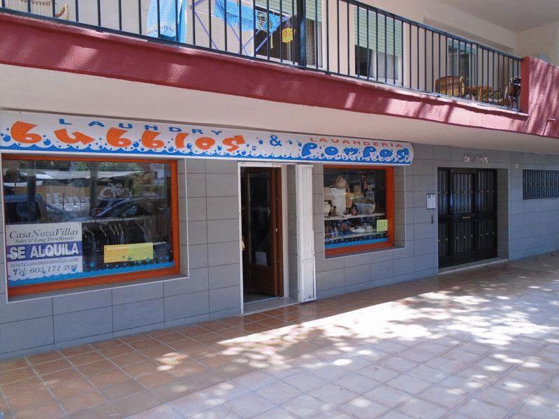 Avenida Fontana Arenal