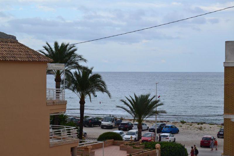 Avenida del Mediterráneo El Montañar
