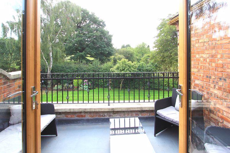 Balcony to principal bedroom