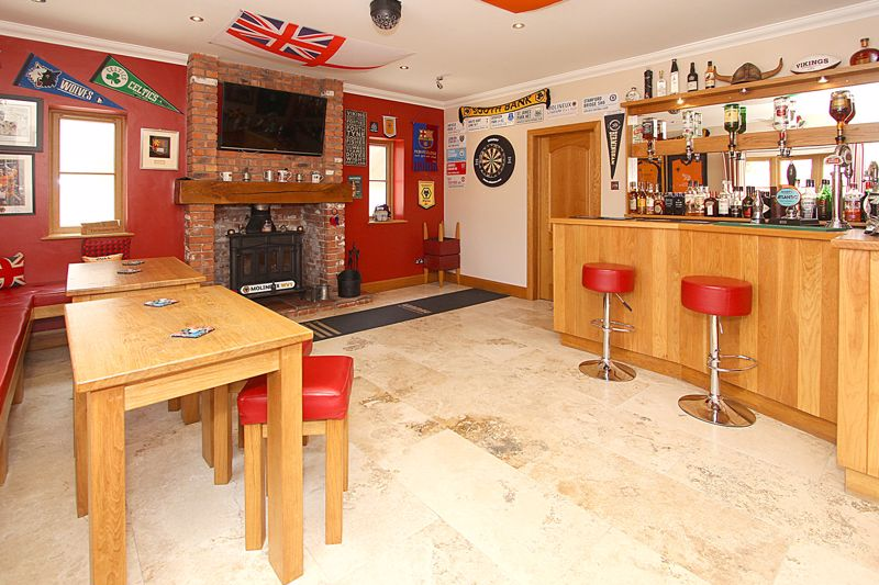 Leisure Room and Bar