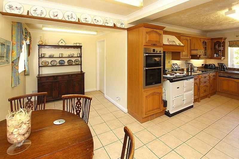 Breakfast Area and Kitchen