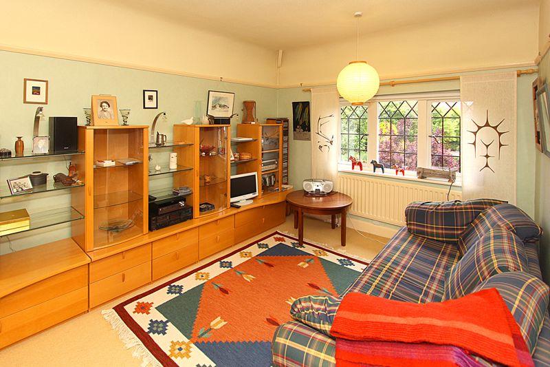 First floor Sitting Room/Bedroom