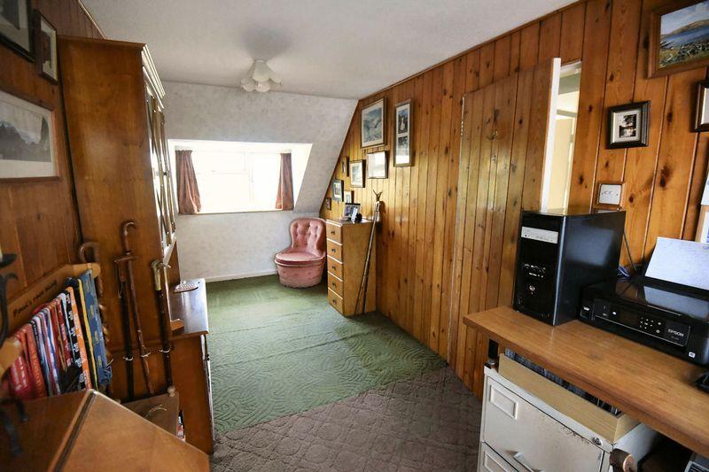 Bedroom 3 (alternative view)