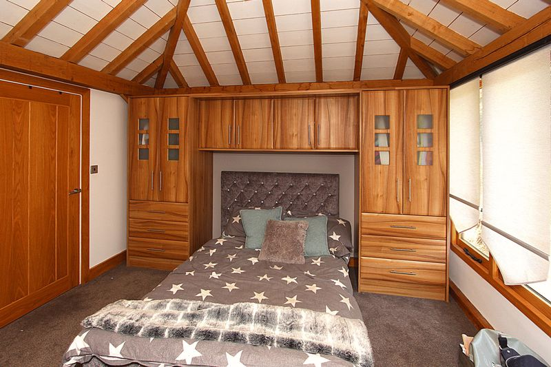 Annexe 3/Log Cabin Bedroom 1