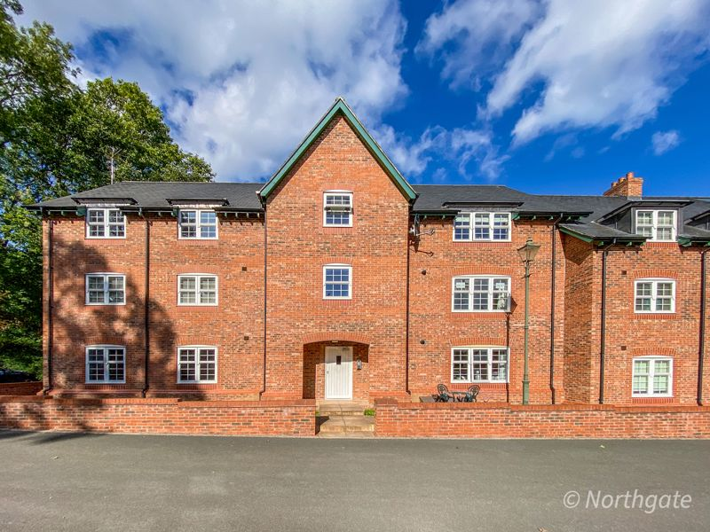 Woodend court The Wynd