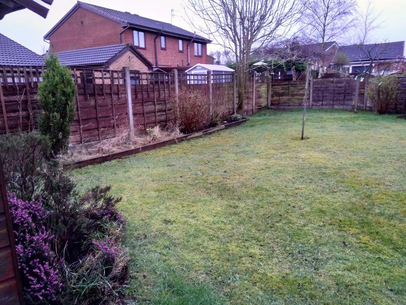 Surrey Park Close Shaw