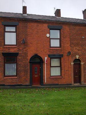 Oldham Road Shaw