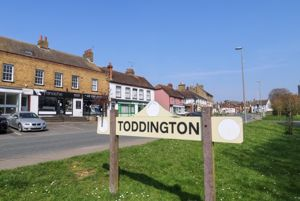 High Street Toddington