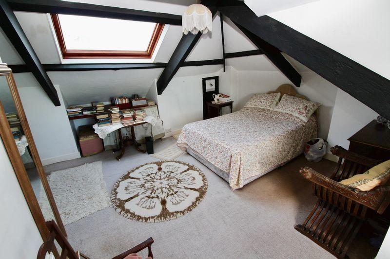4 Dunstanville Villas