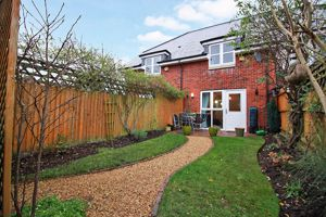 Park Close Essington