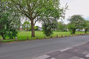 Hawthorne Road Short Heath