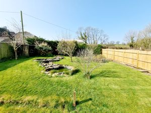 Holmans Meadow Lawhitton