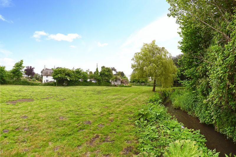 Water Meadow Lane East Burton