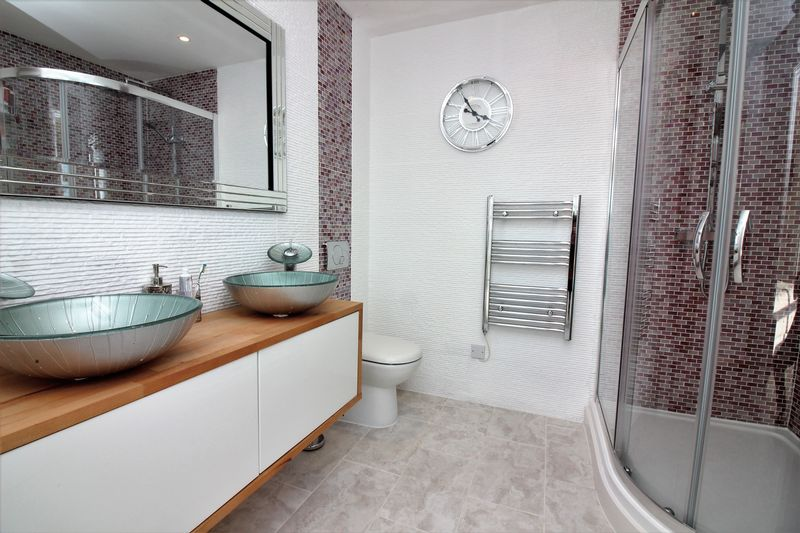 En-Suite Shower Room To Bedroom One