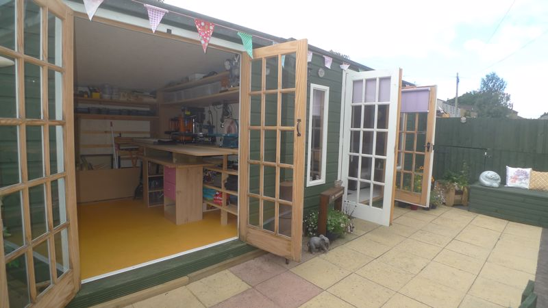 Summerhouse/Workshop