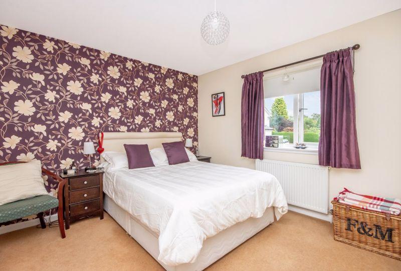 Mcdonald Court Cairneyhill