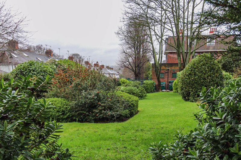 Colney Hatch Lane