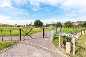 Loachbrook Farm Way
