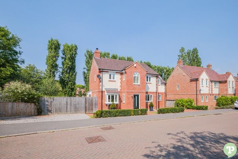 Coopers Close Littleworth