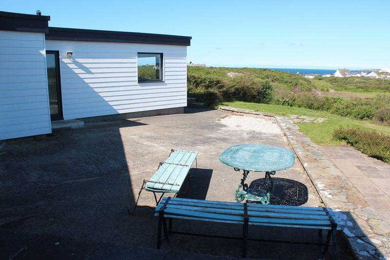 Lon Crecrist Trearddur Bay