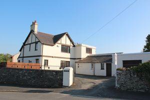 Llanfawr Road
