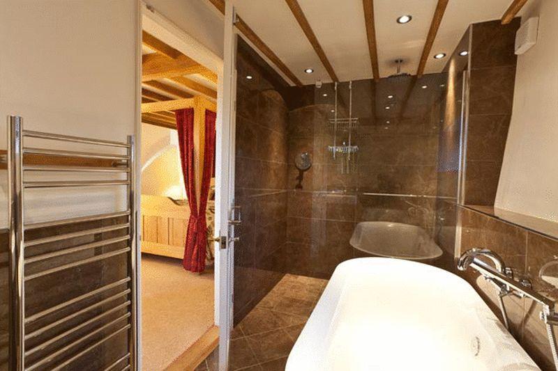 Oak Barn  En suite