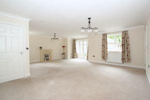 Kingsley Hall Lymewood Close