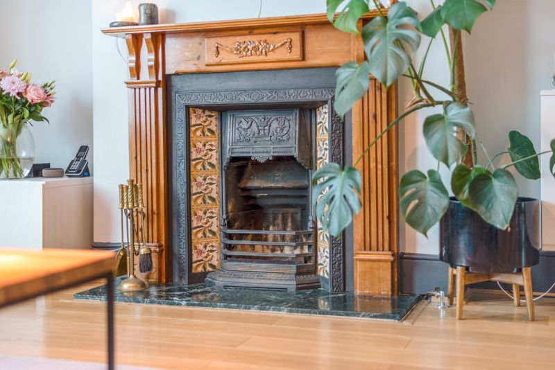 PERIOD FEATURE FIREPLACE