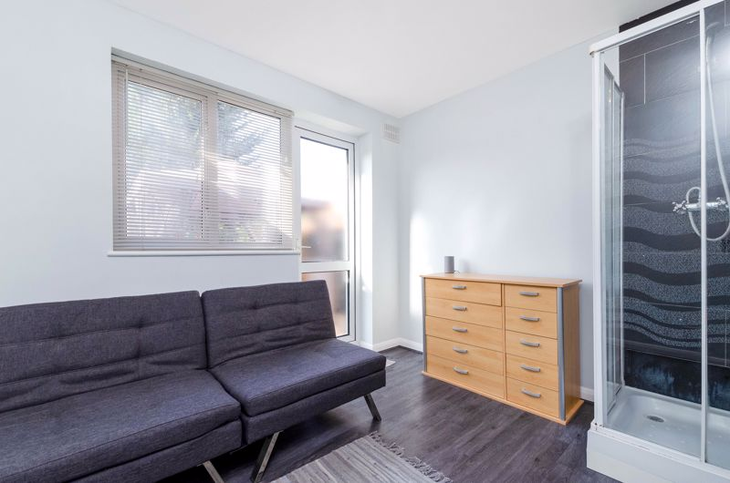 POTENTIAL BEDROOM/OFFICE