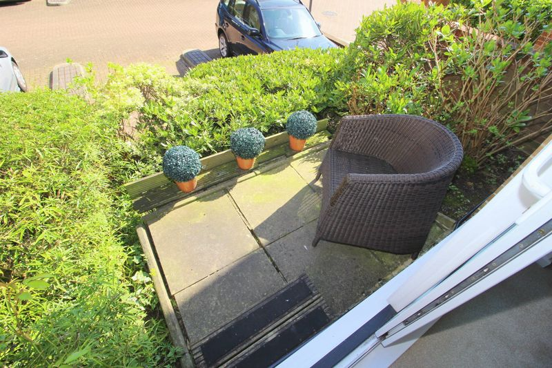 EXTERNAL - PRIVATE PATIO
