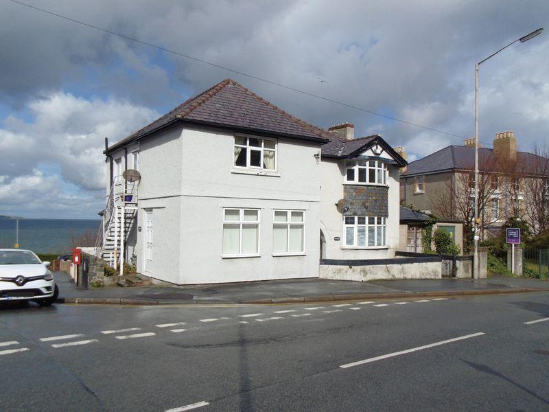Braeside Station Road East