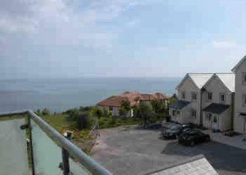 Clifftops, Apartment 52 Penmaen Bod Elias