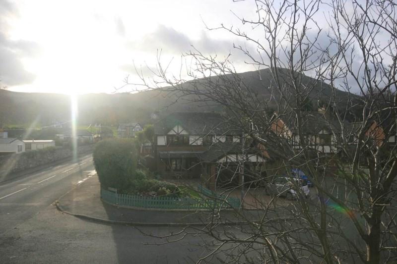 Glanrafon Road