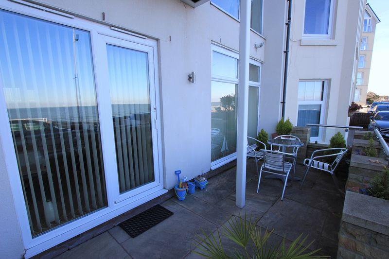 Balmoral Apartments Rhos On Sea