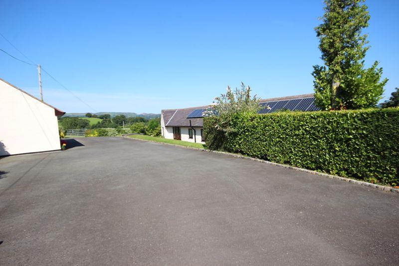 Ffordd Meusydd Glan Conwy