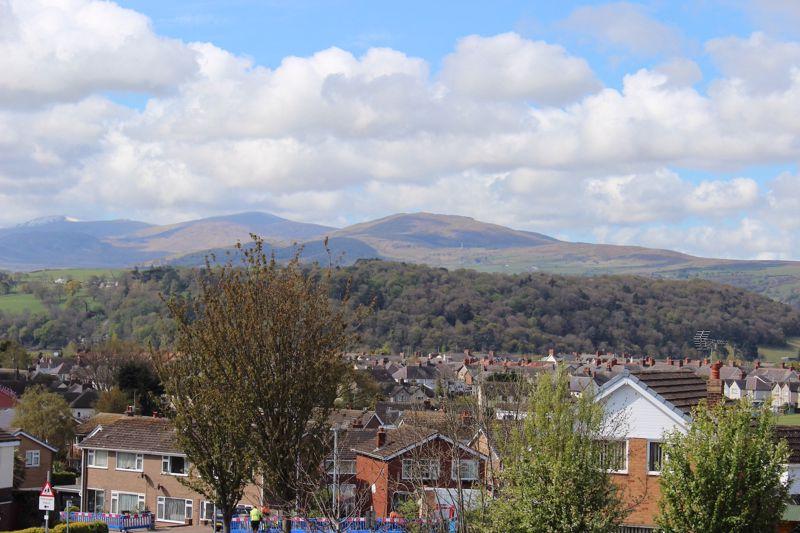 Lon Gwaenfynydd Llandudno Junction