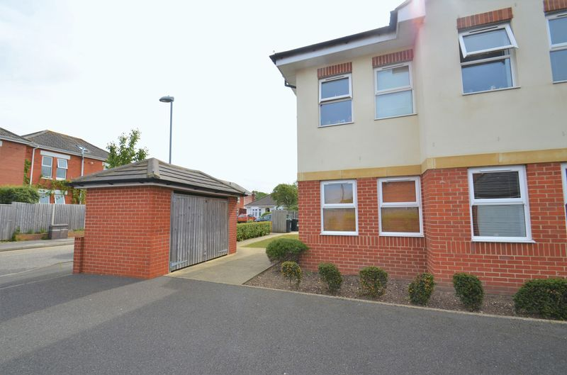 8 Jumpers Avenue