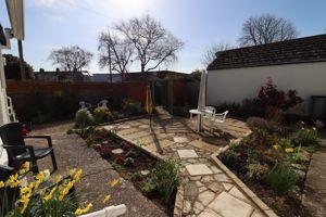 Holly Gardens Burton