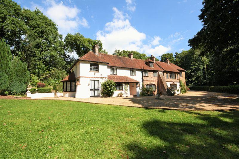14 Mill Lane Highcliffe