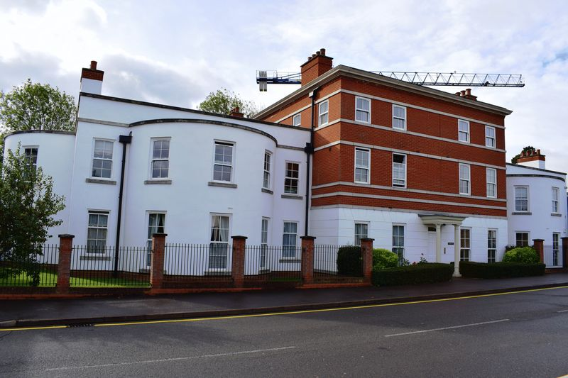 Brummell Place, Walfords Close
