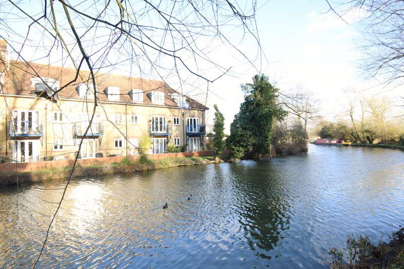 Cambridge Road